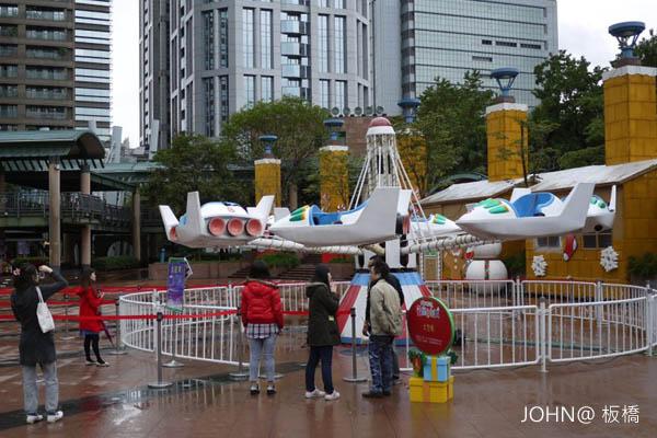 2012新北市歡樂耶誕城~市民廣場6