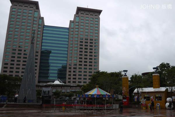 2012新北市歡樂耶誕城~市民廣場8