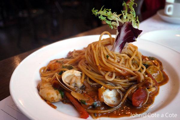 義大利餐廳]Cote a Cote 私.處~板橋火車站環球2樓18