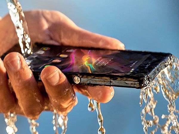 索尼旗艦 Android 防水智慧型手機 Sony Xperia Z 5