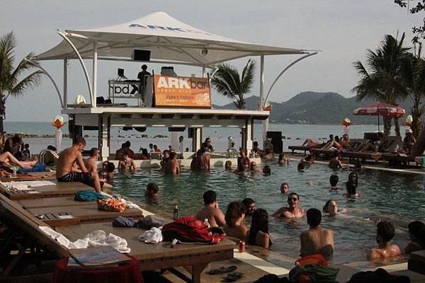 蘇梅島住宿 Ark Bar Beach Resort (方舟酒吧海灘度假酒店)BAR