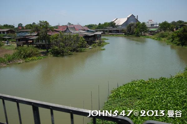泰國 大城 Ayutthaya 阿育塔亞-5.火車窗外2