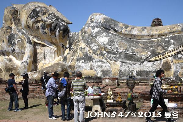 泰國 大城 Ayutthaya 阿育塔亞-21.羅塔蘇卡寺 Wat Lokayasutha 露天臥佛4