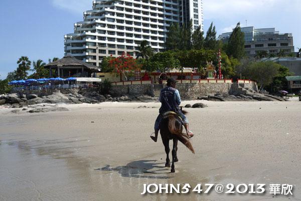 泰國華欣海灘Hua Hin Beach6騎馬2