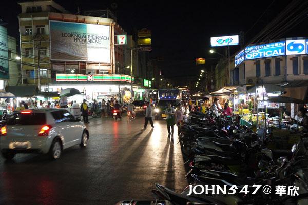 泰國華欣Market Village百貨公司與創意小市集1