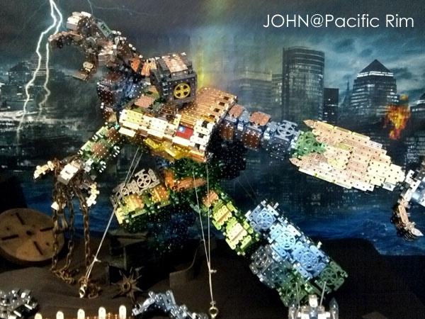 環太平洋Pacific Rim~今年低音最撼的電影6.jpg