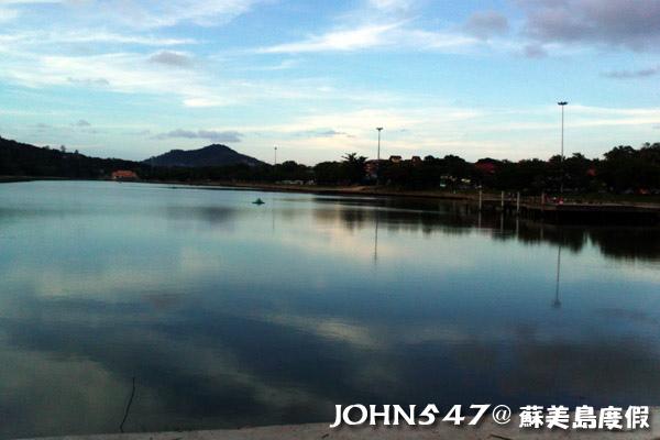 蘇美島騎機車環島21.Chaweng lake查汶湖.jpg