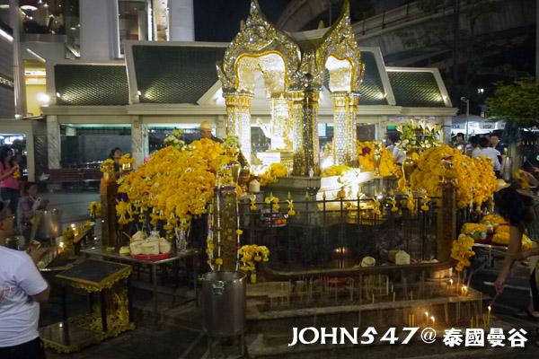 2013泰國 愛樂威四面佛Erawan Shrine曼谷奇隆站 Chit Lom4