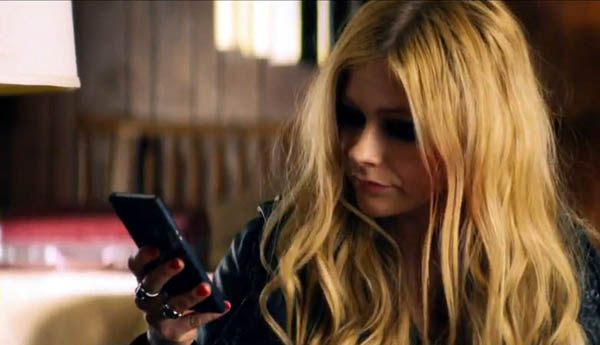 Avril Lavigne Rock N Roll X Sony Xperia Z Ultra 4
