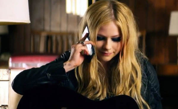 Avril Lavigne Rock N Roll X Sony Xperia Z Ultra 3