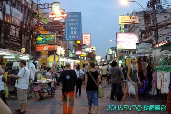 五天四夜泰國自由行行程-13考山路夜市.jpg