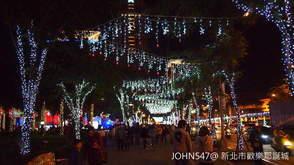 新北市歡樂耶誕城點燈8.jpg