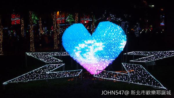 新北市歡樂耶誕城點燈 遊樂設施3.jpg