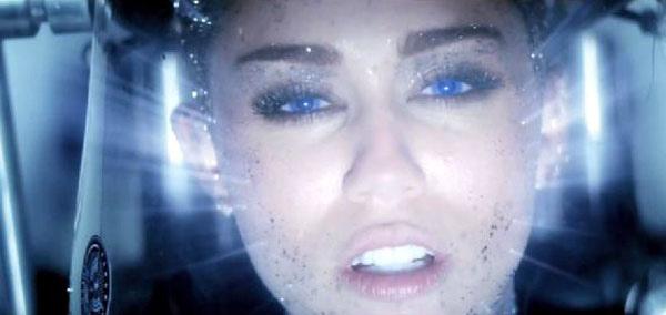 Miley Cyrus Future 1.jpg