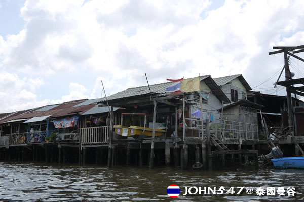 泰國曼谷Khlong Bangkok Yai運河長尾船14.jpg