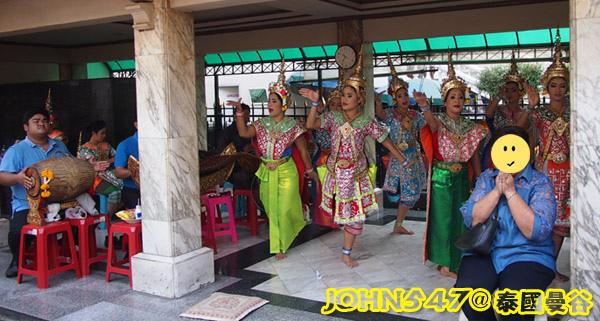 泰國四面佛的許願拜法、還願方式 2014版謝神舞.jpg