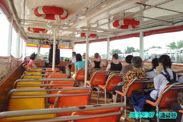 Chao Phraya Express Boat昭披耶河遊船 52.jpg