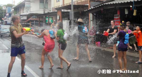 泰國潑水節Songkarn Festival 清邁chiang mai 3.jpg