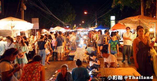 清邁自由行- Sunday Walking Market週日步行市場