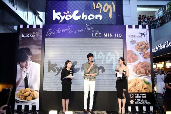 李敏鎬帶著韓國橋村炸雞來到泰國MBK Center
