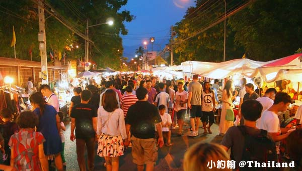 清邁Sunday Walking Market週日夜市.jpg