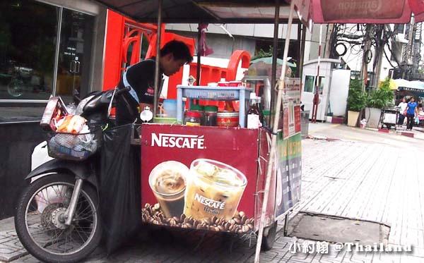 泰國曼谷泰國手標泰式紅茶 街頭搖搖杯現調飲料3.jpg