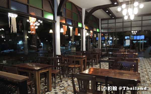 泰國本土星巴客Wawee Coffee@清邁賓河Ping River 2.jpg