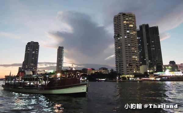 泰國曼谷捷運Saphan Taksin 中央碼頭2