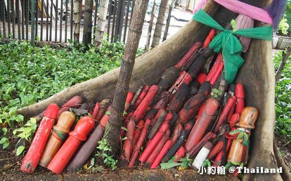 泰國男性生殖器Lingam Shrine求子求財的靈根廟4.jpg