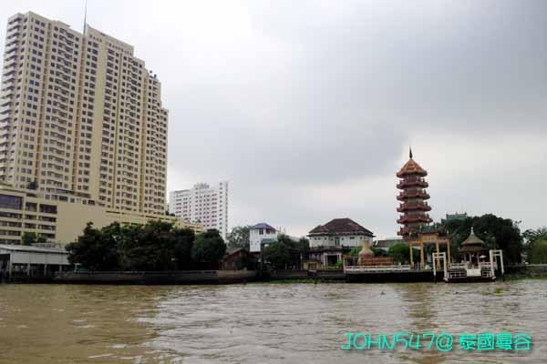五天四夜泰國自由行行程- 昭披耶河快船