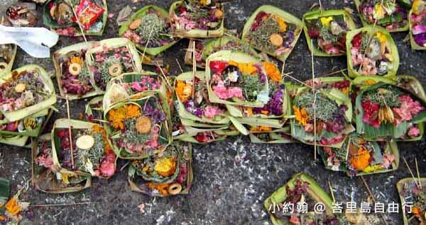 峇里島自由行-峇里島宗教信仰 在地祈福花盆