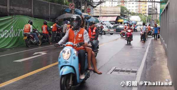 泰國摩托計程車 Motorcycle Taxi10泰銖起跳.jpg