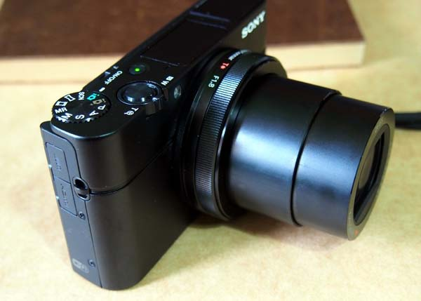 Sony Cyber-shot DSC-RX100M3(MARK III)機身1.jpg