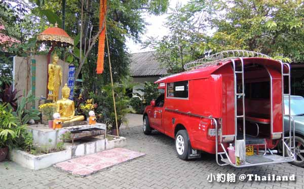 泰國清邁紅色雙條車 Songthaew宋條