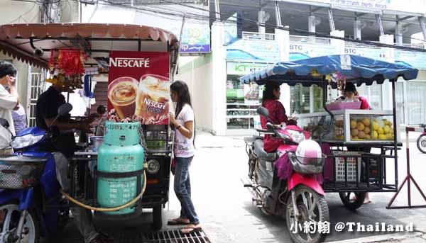 泰國摩托餐車賣水果咖啡