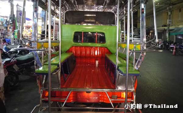 泰國在地小公車 雙條車Songthaew(宋條) 內部