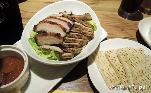 台北Jolly Brewery Restaurant 卓莉手工釀啤酒泰食餐廳-烤豬肉.jpg