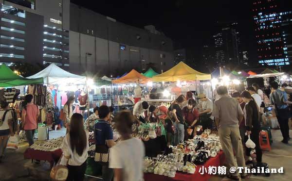 泰國曼谷-泰國七天六夜自由行-Talad Rot Fai Train Market塔拉羅費鐵道夜市2.jpg