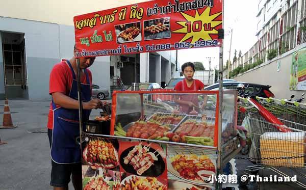 泰國曼谷10泰銖BBQ烤肉串@onnut安努站.jpg