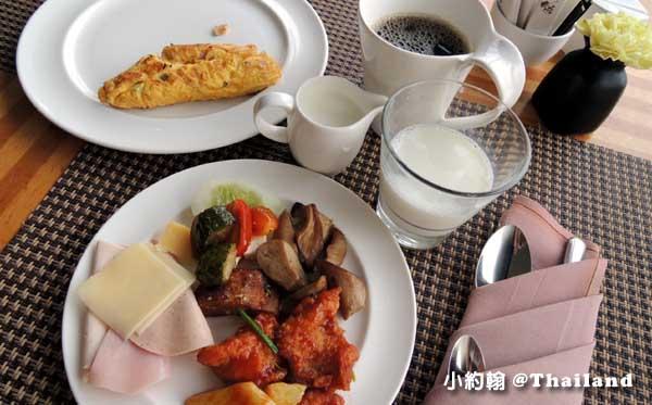 泰國曼谷- 泰國8天7夜旅遊(上)Anantara Bangkok Sathorn Hotel早餐吧.jpg