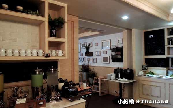 泰國曼谷飯店Citrus Sukhumvit 11柑橘商旅捷運Nana站早餐吧2.jpg