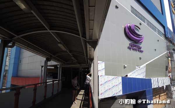 泰國曼谷如何搭小巴到安帕瓦水上市集美功鐵道市場.jpg