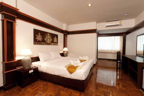 Bua Raya Hotel清邁布萊亞飯店@古城北門ROOm.jpg
