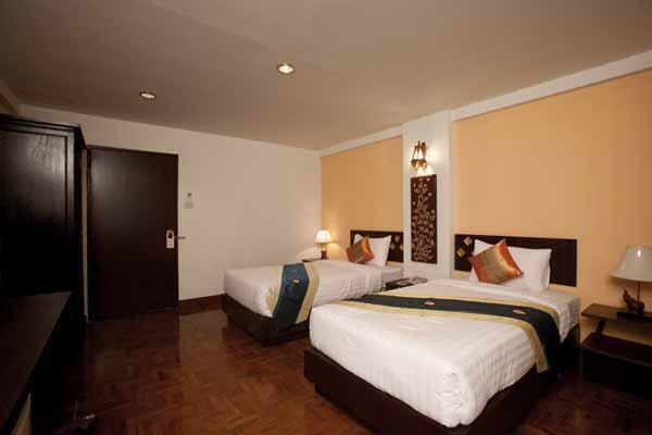 Bua Raya Hotel清邁布萊亞飯店@古城北門ROOm2.jpg
