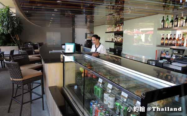 Amari Watergate Bangkok綠洲泳池POOL bar.jpg