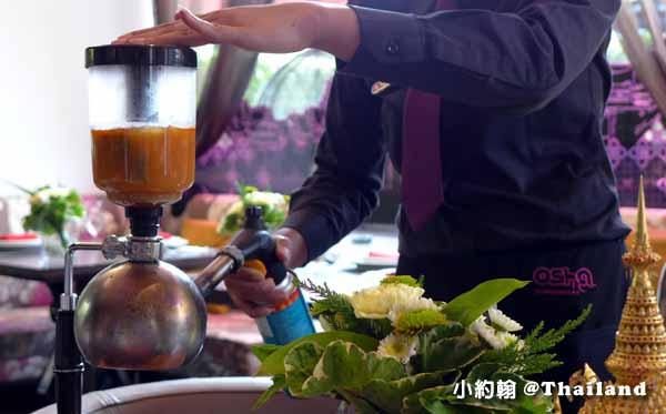 泰國曼谷OSHA Bangkok曼谷歐沙泰式時尚料理餐廳 海鮮酸辣湯2.jpg