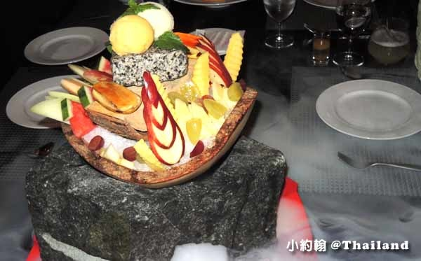 OSHA Bangkok 曼谷歐沙 泰式時尚料理餐廳 水果盤.jpg