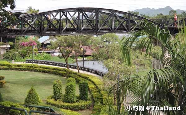 搭小巴到北碧府Kanchanaburi 桂河大橋2