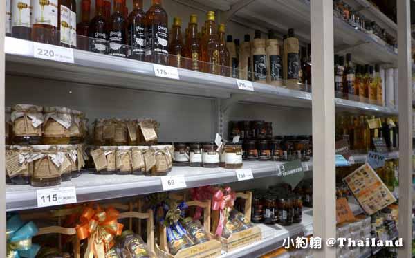 曼谷Eathai超市泰國必買商品大集合Central Embassy皇家牌蜂蜜2.jpg