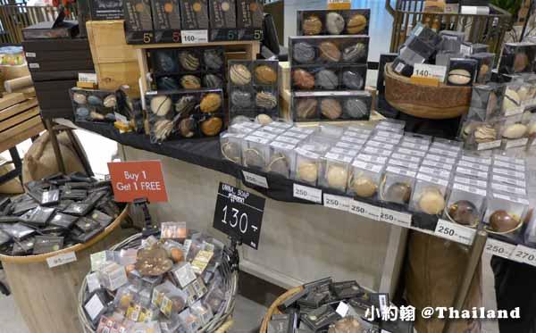 曼谷Eathai超市泰國必買商品大集合Central Embassy 石頭肥皂2.jpg
